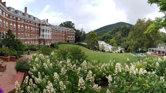 Destinations Domestic Travel The Omni Homestead and the Case for the Classic American Family Resort in the Age of AirBnB 5