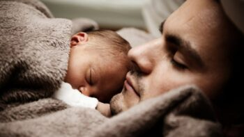 Should you take paternity leave? How much should you take? Here are some reasons to take paternity leave and reasons you should take as much as possible!