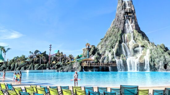 Volcano Bay Tips - Get there early