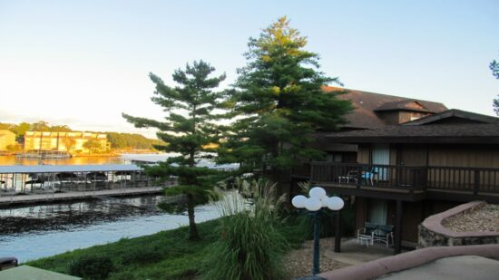 Check out our in depth review of Tan-Tar-a resort, one of the best choices in Lake of the Ozarks lodging. Learn why your whole family will love a stay here!