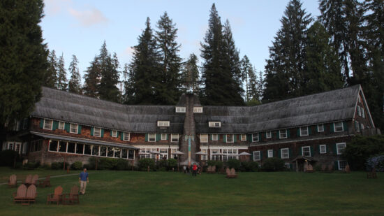Lake Quinault Lodge, Olympic National Park for kids, historic hotels in Washington,