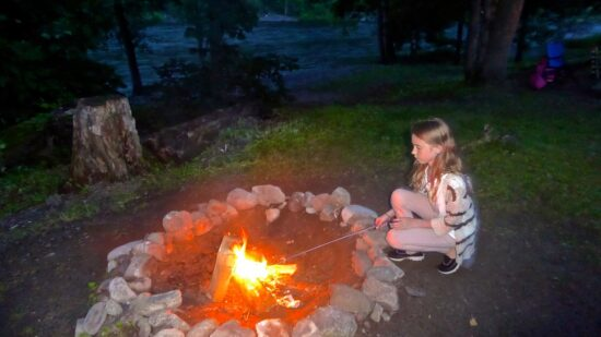 Take your Family Outdoors with Tips from Traveling Moms