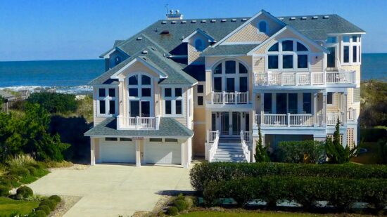 oceanfront beach house rental in the Outer Banks