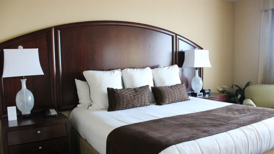 Buena Vista Suites review: king size bed in a deluxe king suite