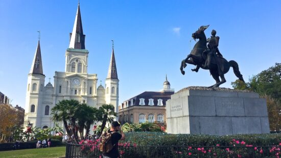 Funky New Orleans feels like a foreign city – and I love it. If you enjoy great food, architecture, music, and a walkable city, check out New Orleans.