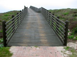 Cinnamon_Shore_Bridge