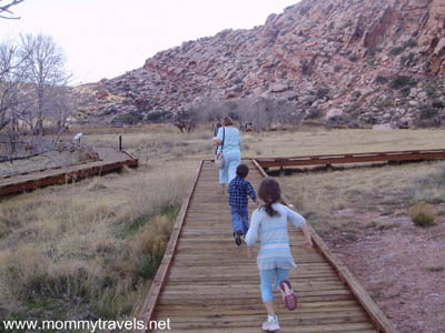 Calico_Basin_Boardwalk