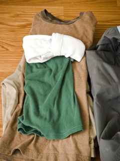 packing_clothes_kids