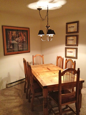 Pine Ridge Condominiums dining area