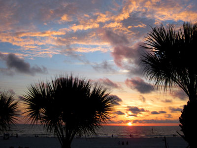 Sunset-on-clearwater-beach-florida